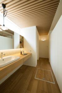 造作洗面化粧台 | 岩国市で新築一戸建てならネストハウス